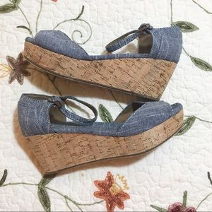 TOMS 8.5 Sandals Chambray Denim Cork Wedge Shoes